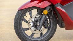 Honda PCX 125: prova, caratteristiche e prezzo - Immagine: 15