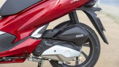 Honda PCX 125: prova, caratteristiche e prezzo - Immagine: 16