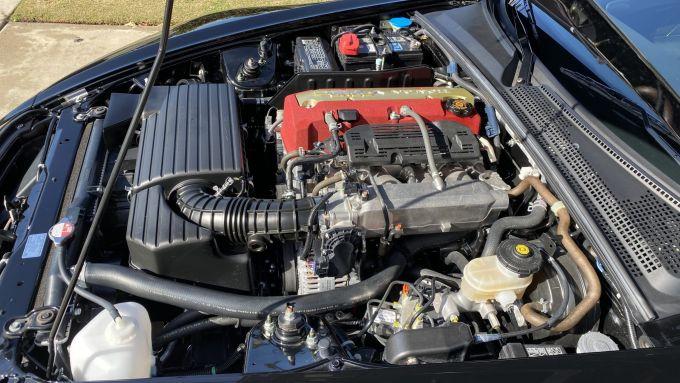 Honda S2000 CR: il vano motore con il 4 cilindri 2 litri aspirato da 240 CV
