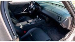 Honda S2000 del 2000 all'asta da Mecum: gli interni
