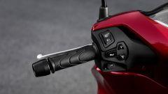 Honda SH 125/150: i comandi al manubrio