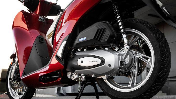 Honda SH 125/150: la zona posteriore