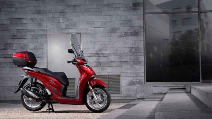 Honda SH 125/150: visuale laterale