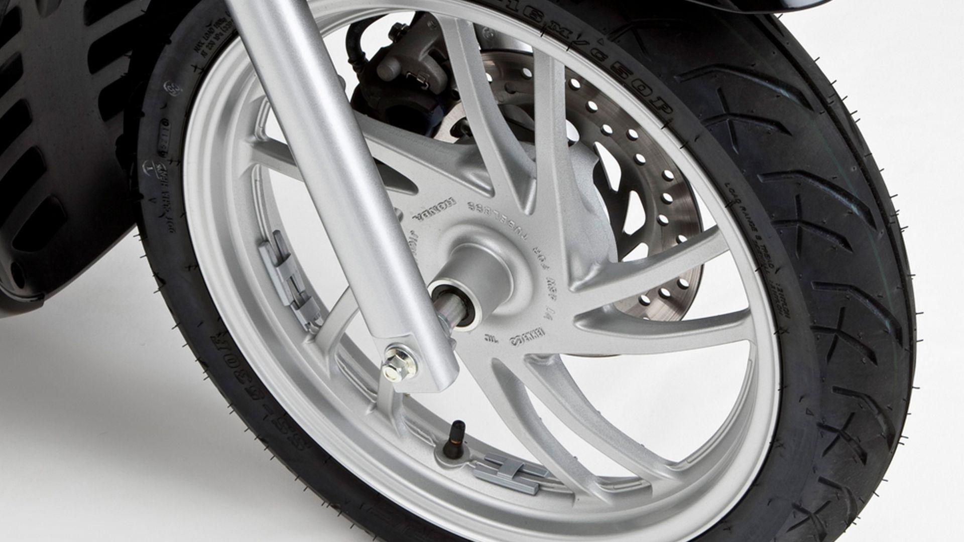 Immagine 72: Honda SH 125/150i ABS 2013