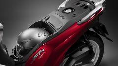 Honda SH 2019: il vano sottosella porta solo un casco