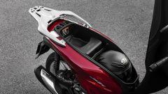 Honda SH 2020: il vano sotto sella è ora più capiente