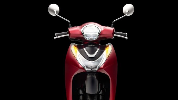 Honda SH Mode 125 2021: il nuovo faro a LED