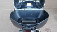 Honda SH300i ha il bauletto di serie