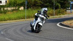 Honda SH300i spicca per agilità