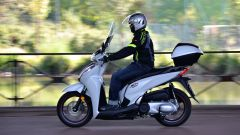 Honda SH300i: vista laterale