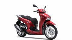 Honda SH350i 2021: il modello in rosso