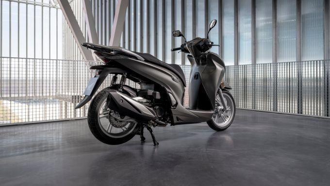 Honda SH350i 2021: nuovo motore, più prestazioni