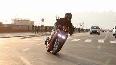 Honda SH350i: urban commuter perfetto? La prova video - Immagine: 17