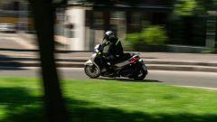 Honda vs Piaggio: chi è il Re della città tra SH350i e Beverly 300? - Immagine: 13