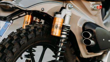 Honda Super Cub 125X: sospensioni posteriori e scarico