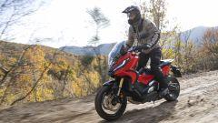 Honda X-ADV 2021: la prova video, su strada e fuoristrada, del SUV a 2 ruote - Immagine: 17