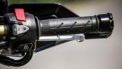 Honda X-ADV: comandi al manubrio, lato destro