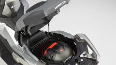 Honda X-ADV: il sotto sella