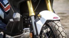 Honda X-ADV: la forcella regolabile in precarico ed estensione