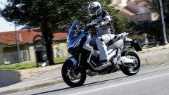 Honda X-ADV: prova, caratteristiche e prezzo [VIDEO] - Immagine: 4