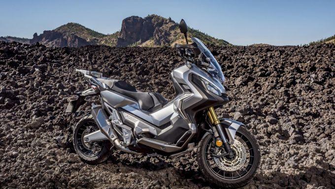 Honda X-ADV, scooter o moto?