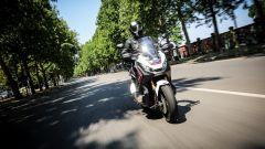 Honda X-ADV: una vera moto enduro stradale travestita da maxi scooter