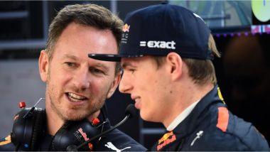 Horner e Verstappen - la competitività dell'olandese potrebbe spingere Ricciardo alla Ferrari