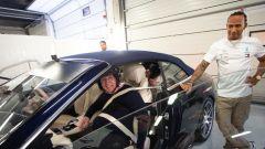 Hot Lap Silverstone, Lewis Hamilton e Sir Frank Williams su Mercedes-AMG S 63