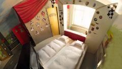 Hotel V8: quando dormire in macchina è una pacchia - Immagine: 6