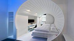 Hotel V8: quando dormire in macchina è una pacchia - Immagine: 20