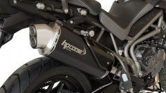 HP CORSE 4-TRACK per Triumph Tiger 800: il terminale in carbonio