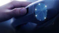 Hyundai Santa Fe: nel 2019 con serrature a impronte digitali - Immagine: 1