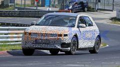 Hyundai 45 EV 2021, foto spia: gli spigoli del frontale sembrano addolciti