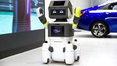 Hyundai DAL-e è un robottino che accoglie i clienti