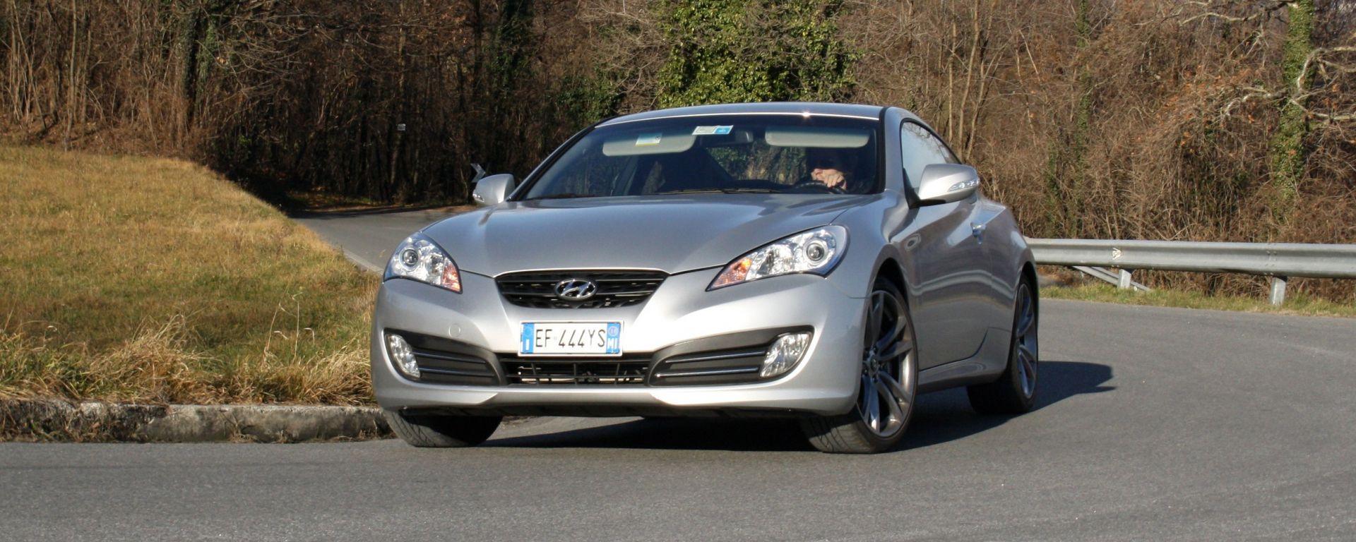 Hyundai Genesis Coupé 2.0 Turbo Sport