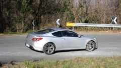 Hyundai Genesis Coupé 2.0 Turbo Sport - Immagine: 6