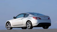 Hyundai Genesis Coupé 2.0 Turbo Sport - Immagine: 12