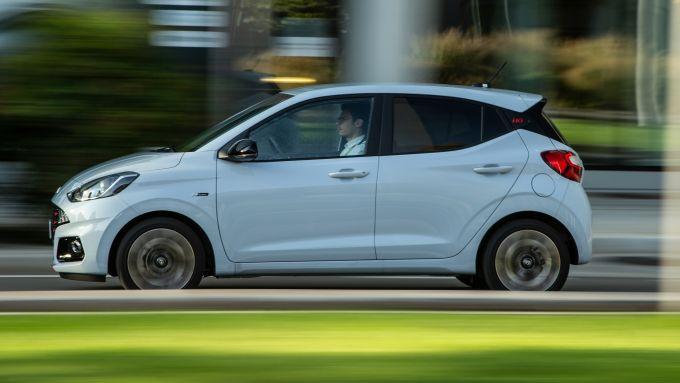 Hyundai i10 N Line 2021: 100 CV e 172 Nm per la piccola tutto pepe