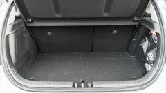 Hyundai i20 1.0 T-GDI 48V Hybrid Bose, il bagagliaio