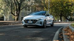 Hyundai i20 1.0 T-GDI 48V Hybrid Bose, il test drive