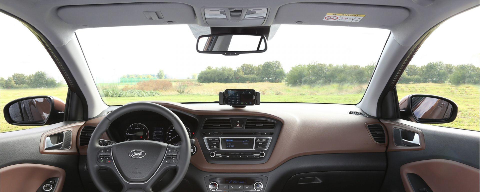 Hyundai i20 2015, nuove foto e info