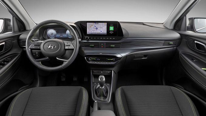 Hyundai i20: interni