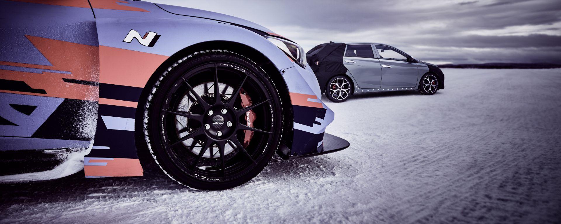 Hyundai i20 N: di fianco alla cugina WRC