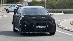 Hyundai i20 N: la compatta sportiva è stata pizzicata in strada in Spagna