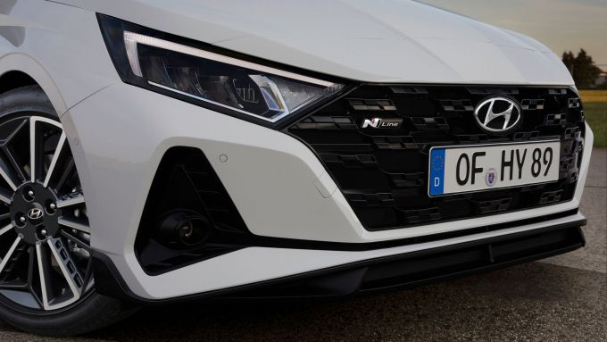 Hyundai i20 N Line: l'aggressivo frontale