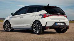 Hyundai i20 N Line: nuovo il paraurti e gli scarichi cromati