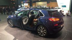 Hyundai i30 2017, porte aperte