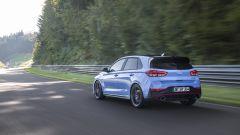 Hyundai i30 N 2021: anche al posteriore guadagna nuovi fari a LED e tubi di scarico più grandi