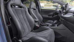 Hyundai i30 N 2021: i sedili leggeri, optional, pesano oltre 2 kg meno di quelli standard