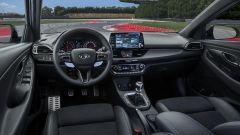 Hyundai i30 N - gli interni dal DNA sportivo